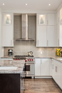 Benefits That Come With Hiring Trademark Renovations to Implement Your Kitchen Design Ideas